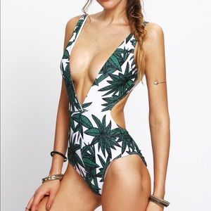 ✨ One Piece Leaves Bathing Suit With Plunge Neck